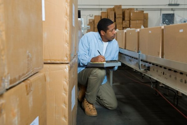 Whitepaper: How to pick an inventory management solution that scales with your business